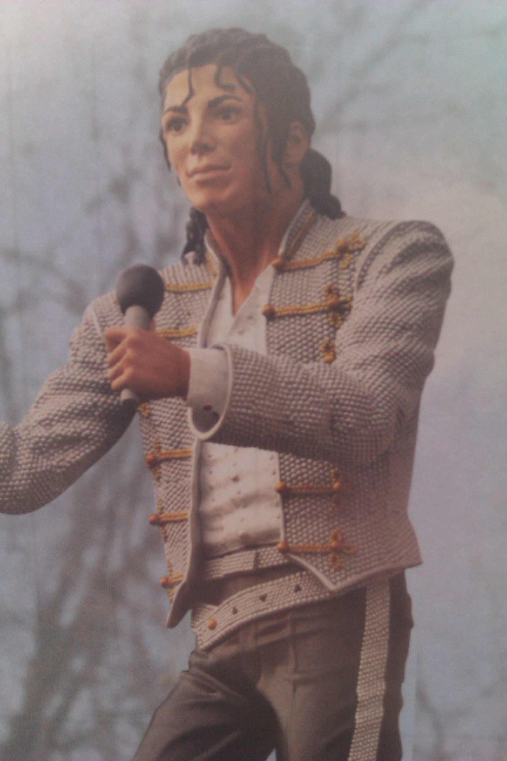 Honest-this IS the statue of Michael Jackson outside Fulham FC-the mind boggles.